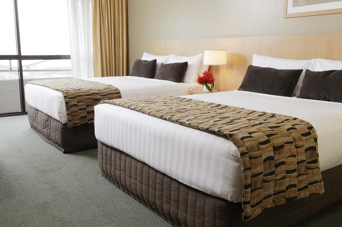 Rydges Plaza Cairns Standard Twin Room